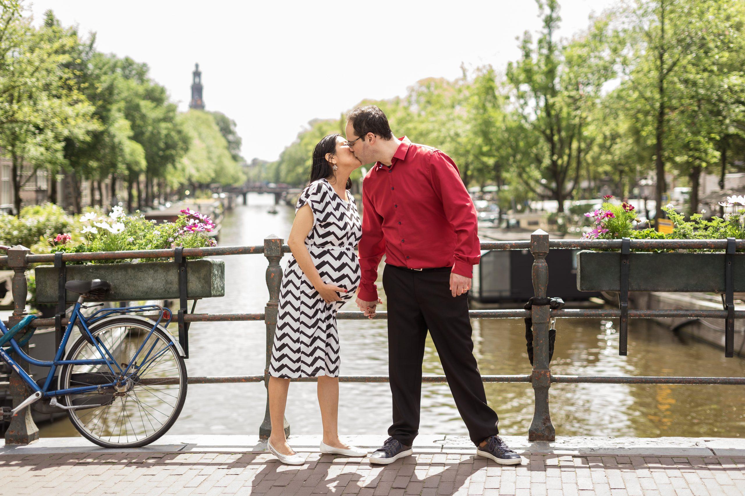 Maternity Photographer in Amsterdam